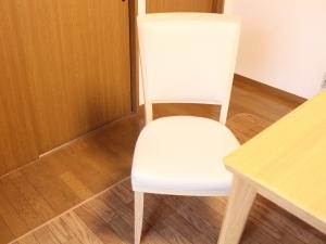 カリモク椅子の口コミ速報*ダイニングチェア