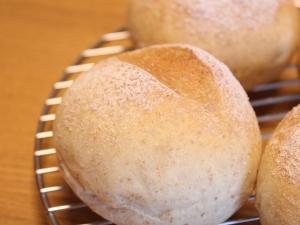 夫の作る手ごねパン&ピザ