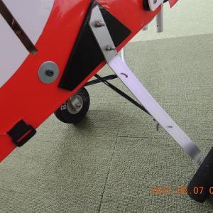 ★(15)箱胴体YAK54エンジン換装後の問題?
