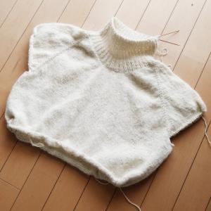 Holiday Sweater ~進捗状況1~ 身頃作成中!えり作成中!