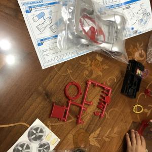 豆電球の実験、ミニカー作り♪
