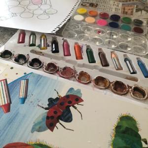 Costco商品と100均絵具で1歳3歳画家になる
