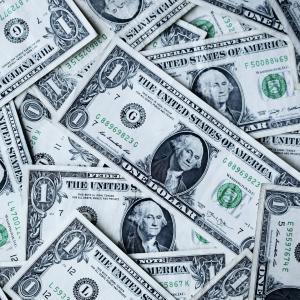 あなたはお金があれば幸せですか?  お金の価値観について考えてみました!