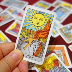 【太陽】こんな自分でも、誰かの太陽になるには?