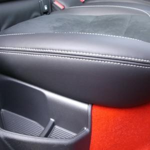 ボルボXC40 R-Design のシート(番外編)