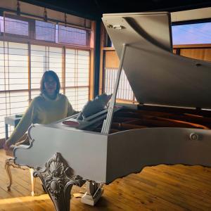 世界三大ピアノ☆ベーゼンドルファーがあるカフェ
