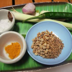【料理教室に行く】ペーストから作る!タイの絶品イエローカレー