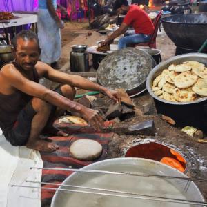 【ゲスト1000人分】インドの結婚式の舞台裏・厨房編
