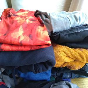暖かくなってきたので服の「断捨離」検討中