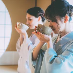 茶道で茶碗を回すのはナゼか いろんな意味と理由がある
