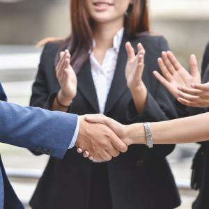 特定社会保険労務士(特定社労士)になるメリット!受験資格や特別研修まとめ!