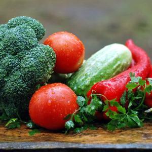 子どもに安心・安全の食の提供は有機農法で!
