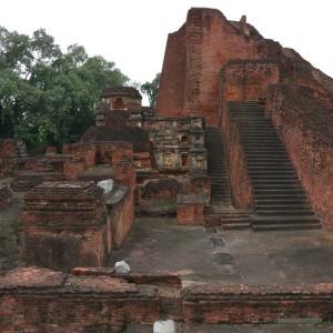仏教ゆかりの地をまわる!世界遺産ナーランダーと八大聖地ラージギル