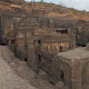 インドが誇る奇跡の寺院建築!世界遺産エローラ石窟群