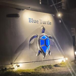 イラフSUI沖縄宮古島から歩いて行けるレストランBlue Turtle(ブルータートル) 絶景ビーチが目の前で水着のままでもOK 食事もスイーツもおススメ