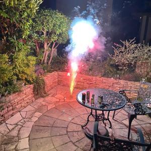 【自宅庭で花火】初めての噴出花火!体験レビューとおすすめの花火,後片付けの方法まとめ