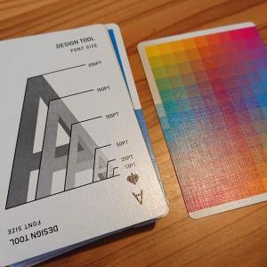 デザインチャートがデザインされたトランプカードが到着