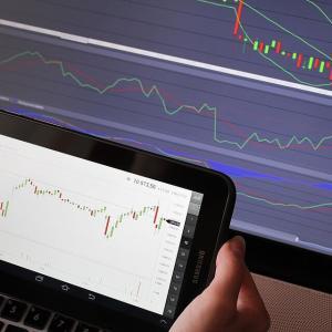 FXの一日を始める際は経済指標と通貨ペアと時間帯の作戦から!