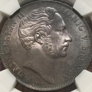 大型銀貨をたくさん発行したバイエルン国王