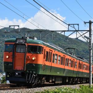 しなの鉄道 快速 115系湘南色を撮る・・・川中島駅近く ☆115系 懐かしの車体カラー