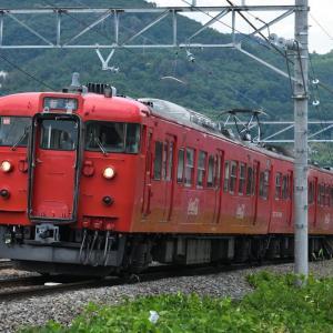 しなの鉄道 普通 115系コカ・コーラを撮る・・・川中島駅近く ☆115系 懐かしの車体カラー、ラッピング列車