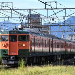 しなの鉄道 115系 湘南色5連(S3編成+S25編成)を撮りました。 ☆E257系にも遭遇・・・