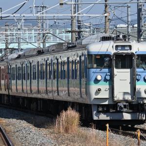 しなの鉄道 115系 懐かしの車体カラー6連運用、他・・・ ☆長野色(S15編成) + 湘南色(S3編成) (撮影日:10月21日)