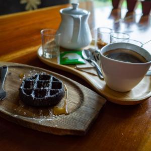カオソックにあるカフェ:The 99KM Coffee House@Kao Sok, Thailand