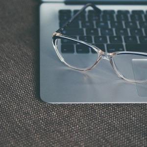 「ぎぼむす」綾瀬はるかの眼鏡が欲しい!どこで買えるの?ブランドは?