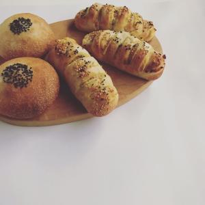 あんぱんとさつまいもパンと、koyausagiさんオープン