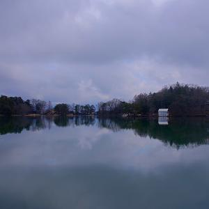 【車・趣味】時期外れのアクセラ旅路 ~カラオケと湖畔編~