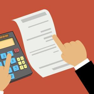 個人事業主が使う給料計算ソフトのオススメ!【保険料や税金はすべて自動計算してくれる】
