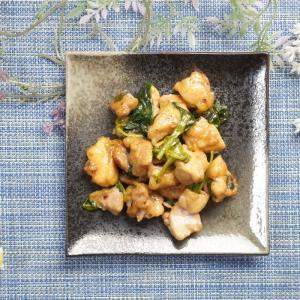 簡単コク旨!鶏肉とほうれん草のガーリックマヨ炒めの作り方・レシピ