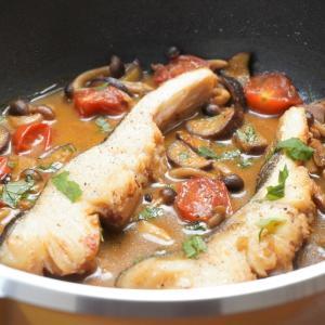 切り身魚で簡単!タラときのこの和風アクアパッツァの作り方・レシピ