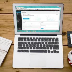 【おうち時間活用法】ブログで月に1万円のお小遣いを稼ぐ方法