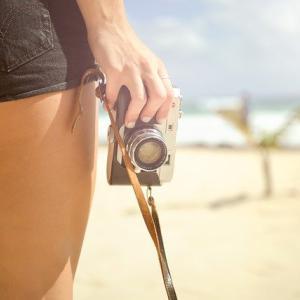 カメラはスマホで十分?カメラ初心者でもミラー レス一眼カメラで気軽に撮影