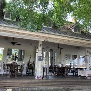 vol179 チェンライChivit Thamma Da コック川沿いの人気カフェへ。