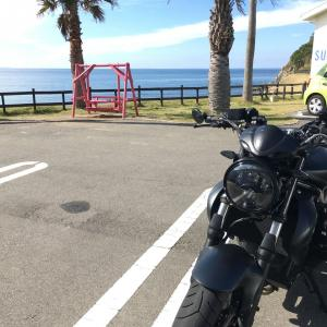 SURF SIDE Cafe  バイクのある風景