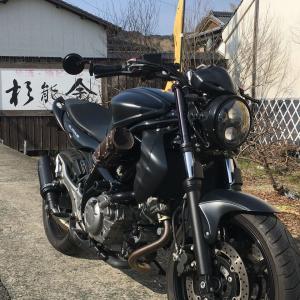 杉能舎蔵開き バイクのある風景