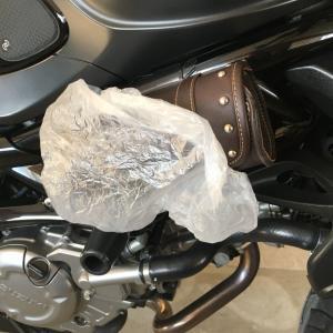 バイクに使える!! 100均シャンプーハット。