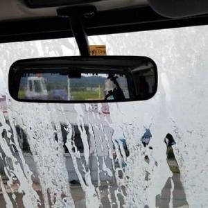 会社の営業車を洗車機