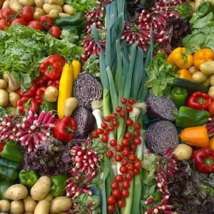 バーベキューでは野菜もメイン。手の込んだ切り方や調理は必要無し!