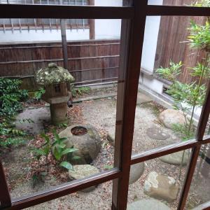 赤山茶道会館の坪庭