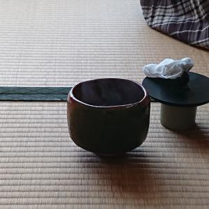 ある日の自宅稽古で薄茶をしました。