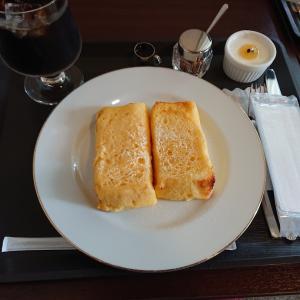 亀田山喫茶室で朝食です