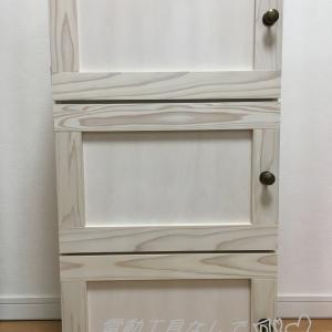 カラーボックスにホワイト&ナチュラルな可愛い扉をDIY