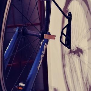 【⭐️おすすめアイテム】☔️雨にも🌪風にも強い❗️❓🚲自転車部屋置き😉バイクハンガー