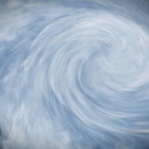 台風は英語でなんていうの?【語源や例文も紹介】