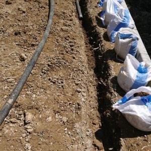 DIYで庭の人工芝張りに挑戦!!その2