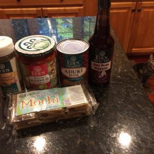 エデンから小豆や餅が届いた。